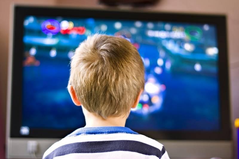 Menonton TV Adalah Kebiasaan Tidak Baik