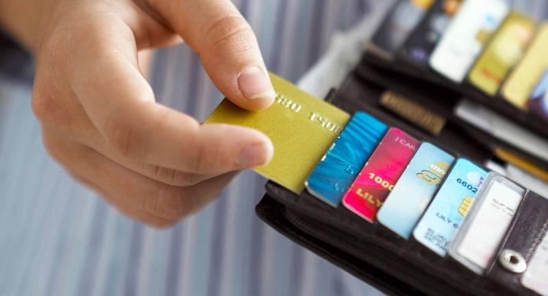 Jumlah Pengguna Kartu Kredit Terus Meningkat