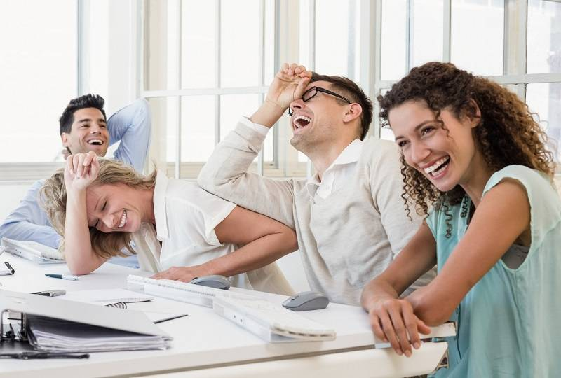 Pikirkan Kesenangan Bekerja via hswstatic.com