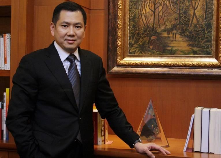 Hary Tanoesoedibjo - Orang Terkaya Di Indonesia