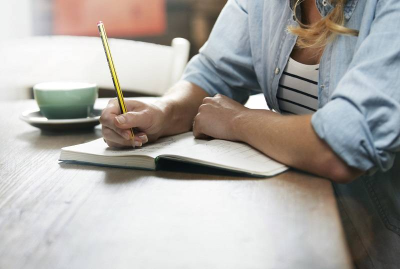 Buat Jadwal Hari Kerja Pertama via huffpost.com