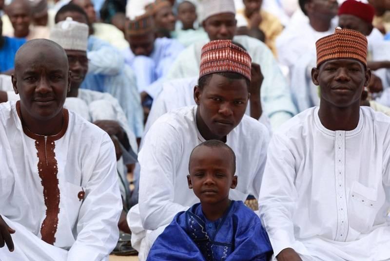 Hasil gambar untuk perayaan lebaran 2017 di nigeria