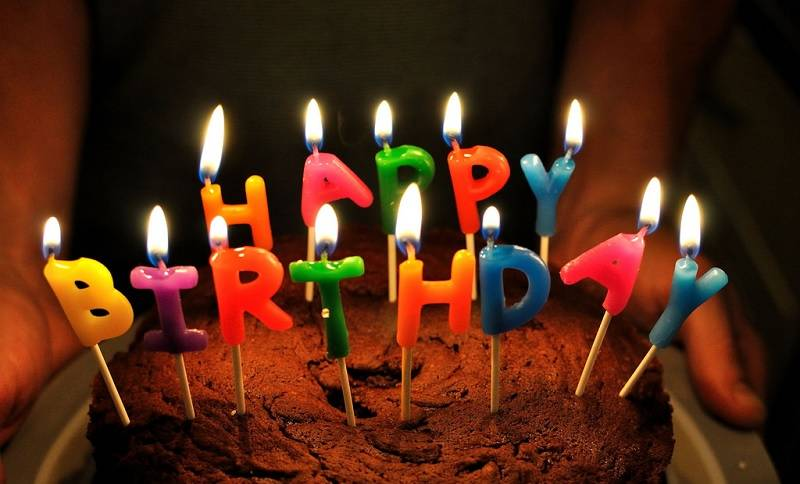 kejutan ulang tahun
