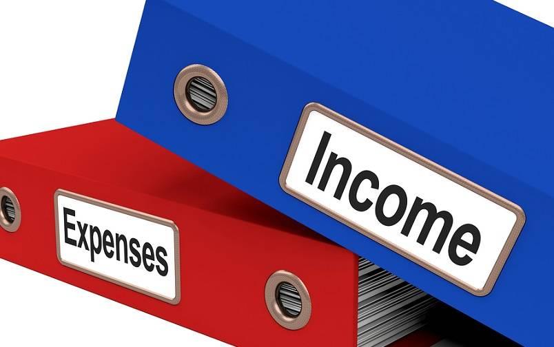 Pengeluaran dan Pendapatan