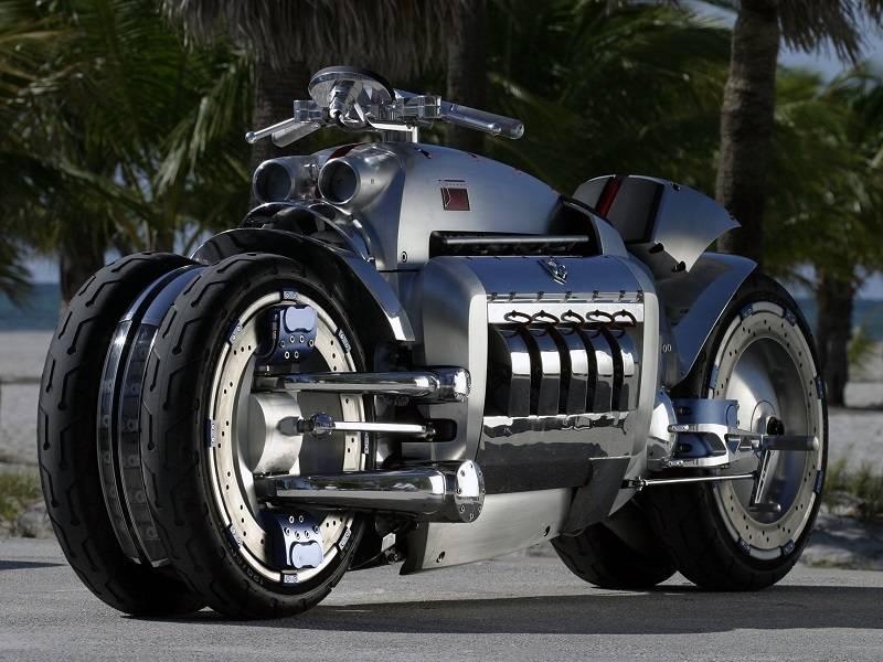 Dodge Tomahawk V10 Superbike via iliketowastemytime.com